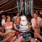 Wedding Cake Pull