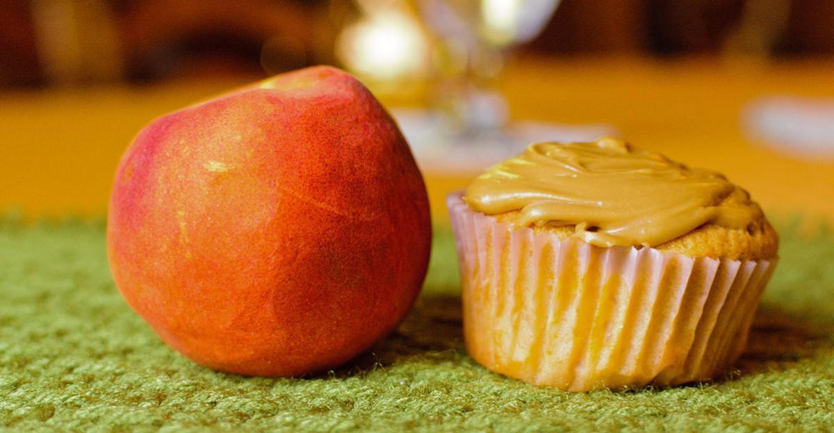 Louisiana Peach Cupcakes