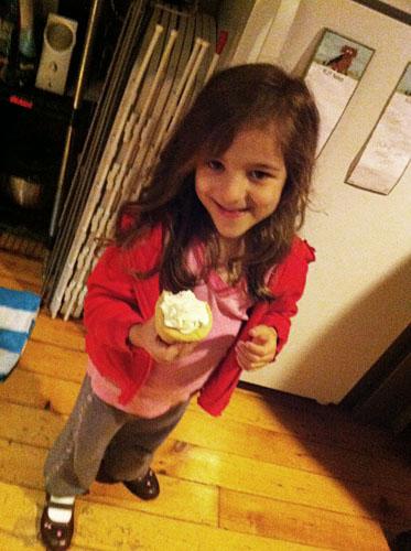 cupcake fan