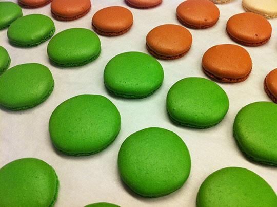 baked_macarons