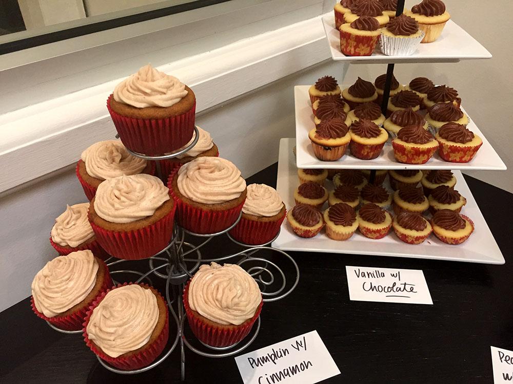 pumpkin & vanilla cupcakes