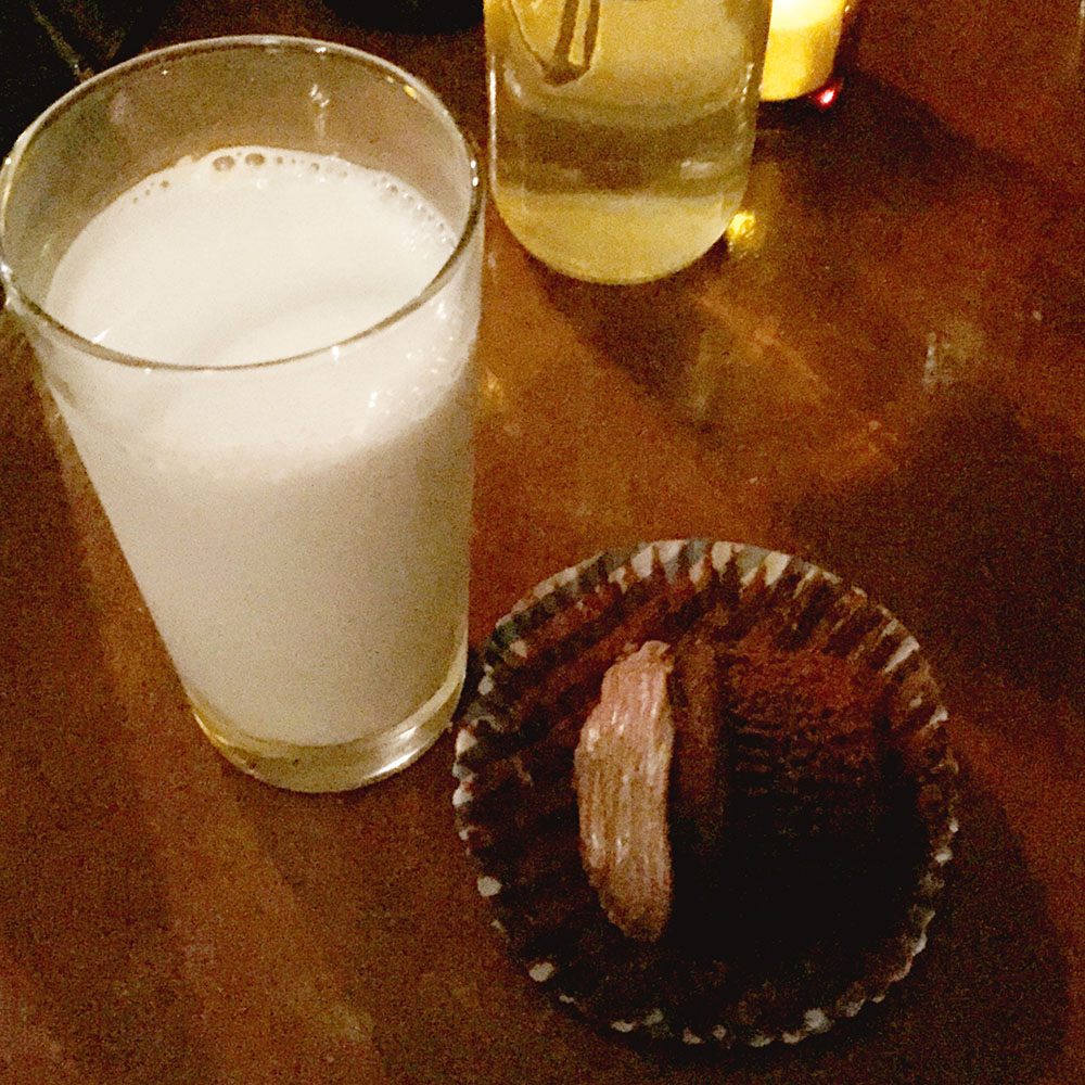 Chocolate Cupcake with milk